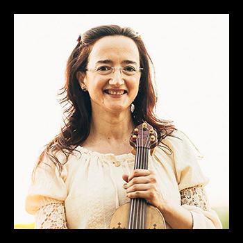 Marisa Martínez Cuerdas y voz